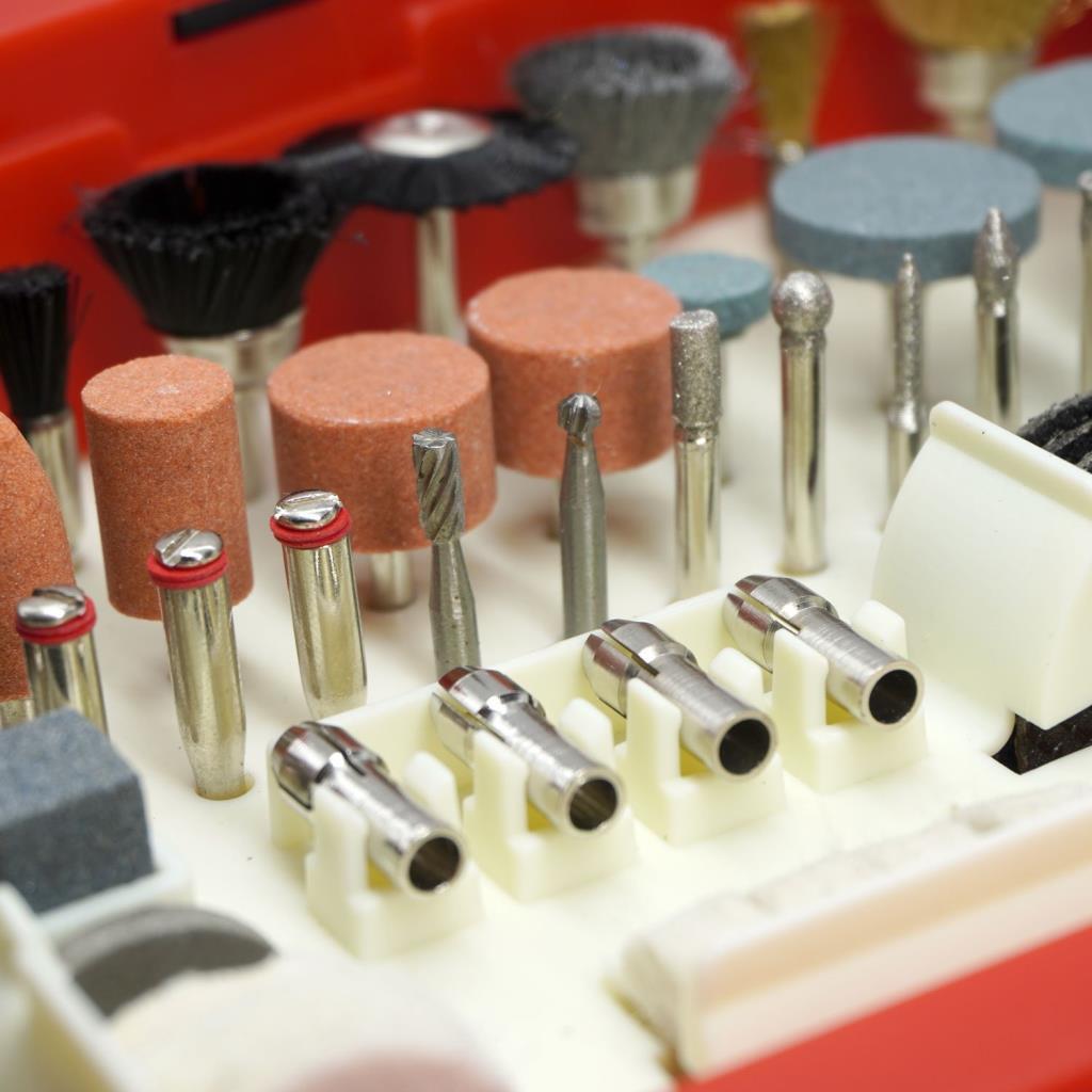 Rox 0074 Mini Taşlama Gravür Makinası Hobi Seti 210 Parça ne işe yarar